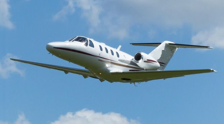 Winnemucca NV Private Jet, Turboprop, Helicopter Air Charter from